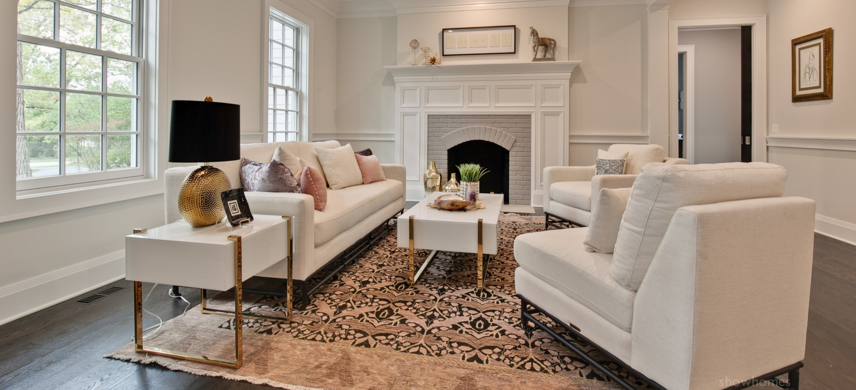 Pleasing Showhomes Americas Largest Home Staging Company Home Interior And Landscaping Spoatsignezvosmurscom